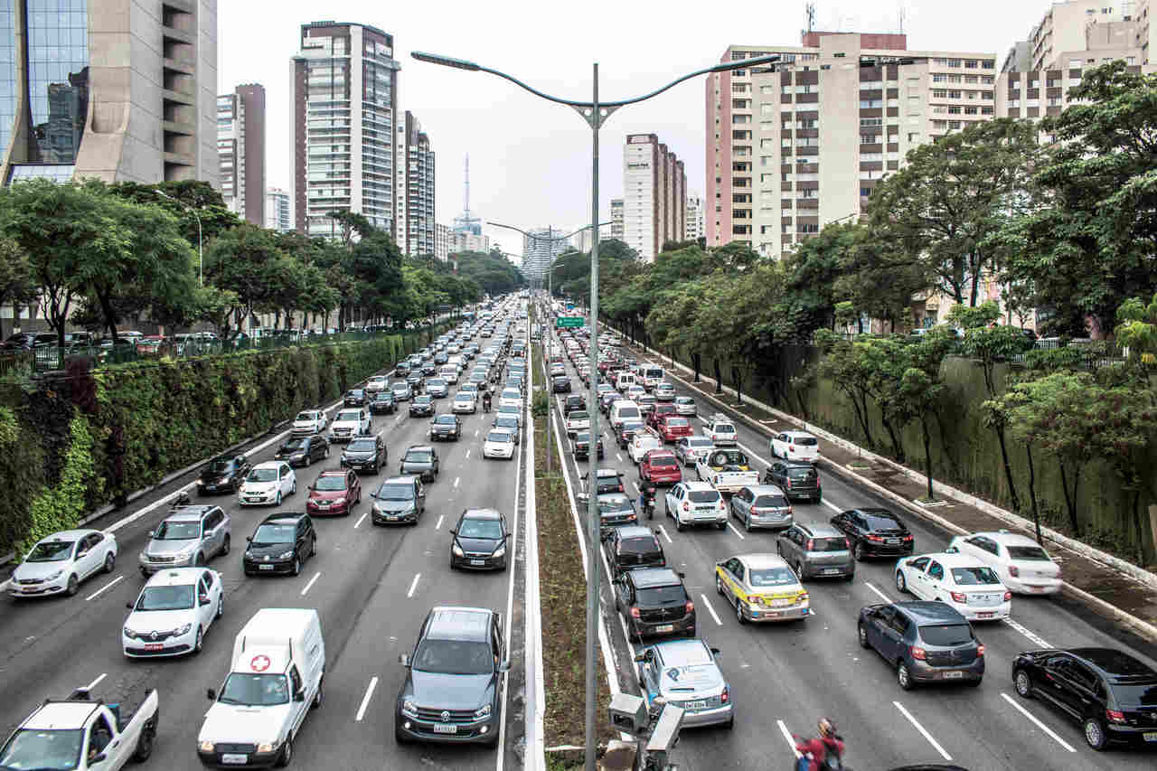 transito avenida 23 de maio sao paulo