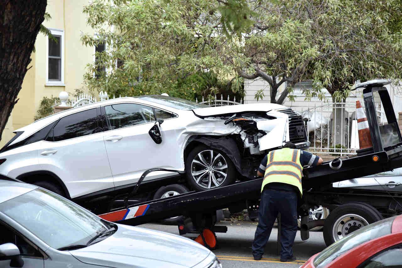 Roubo do carro, mecânico e terceiros: o que o seguro auto cobre?