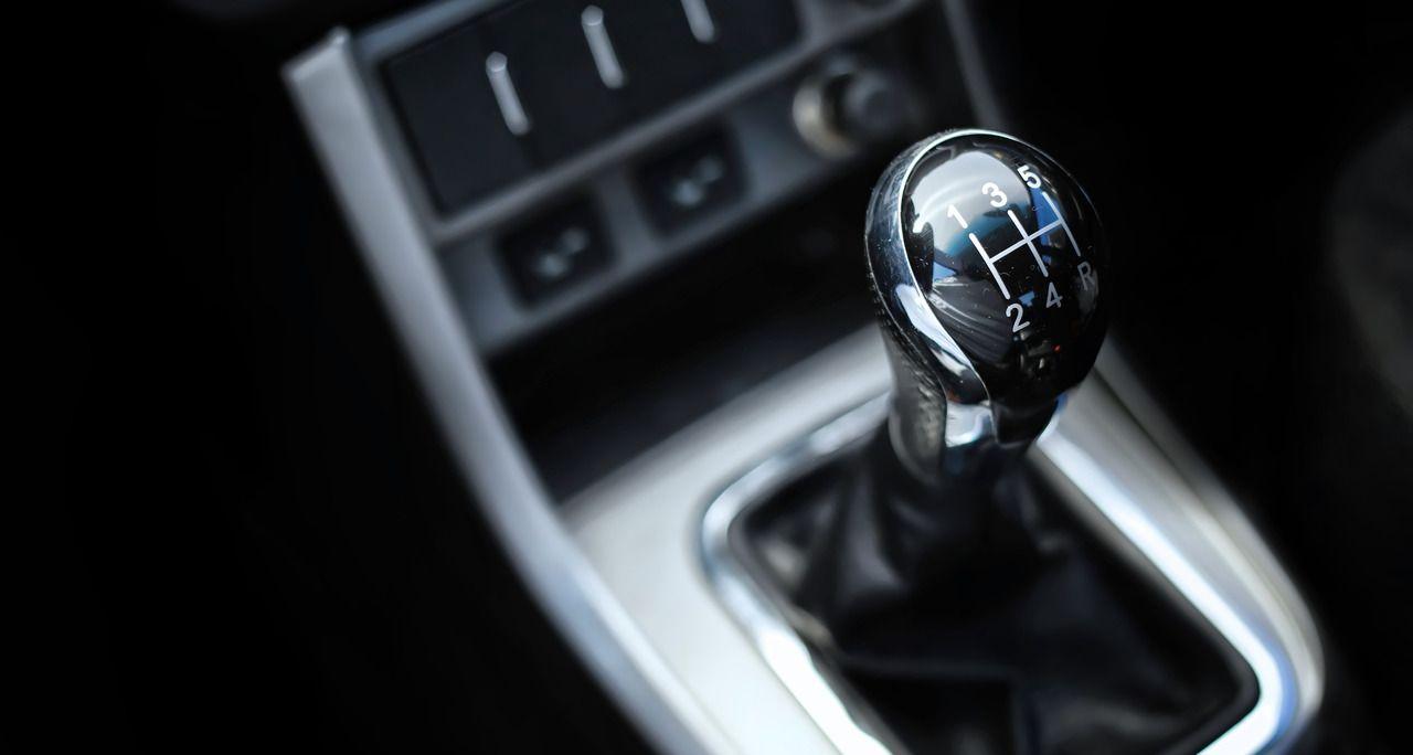 câmbio manual carro