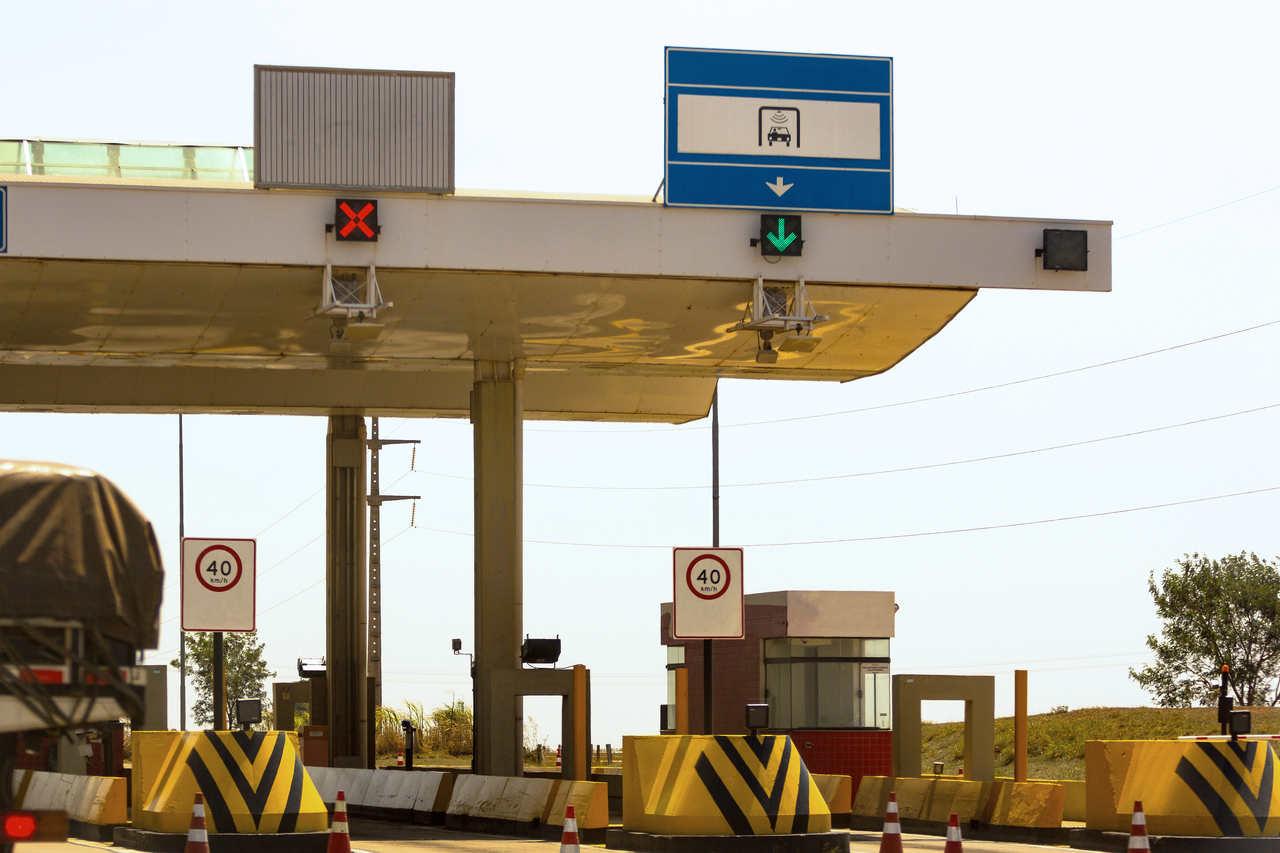 Como calcular o pedágio e o preço do combustível para sua viagem?